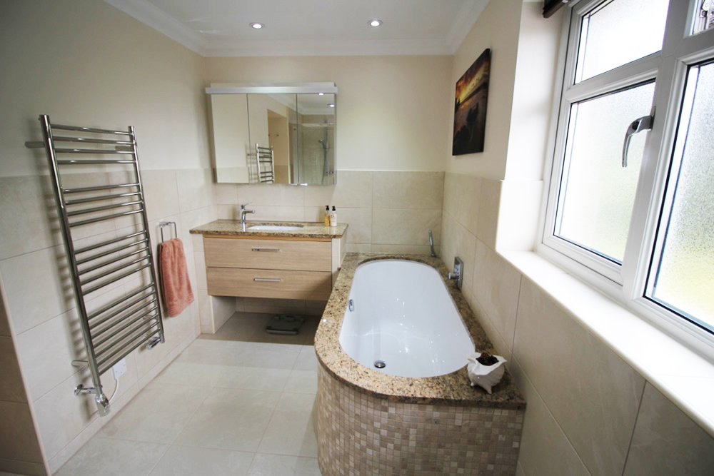 Ensuite stoke bishop paul whittaker bathrooms for Images of en suite bathrooms