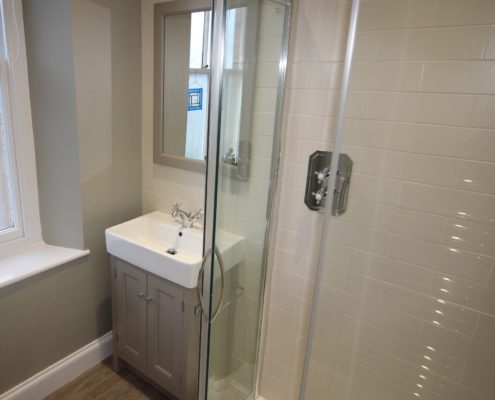 Hampton sink unit and shower