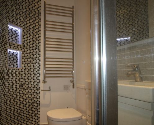 Ensuite with mosaic tiles