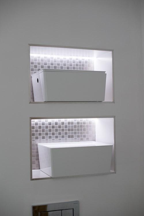 Storage with lighting