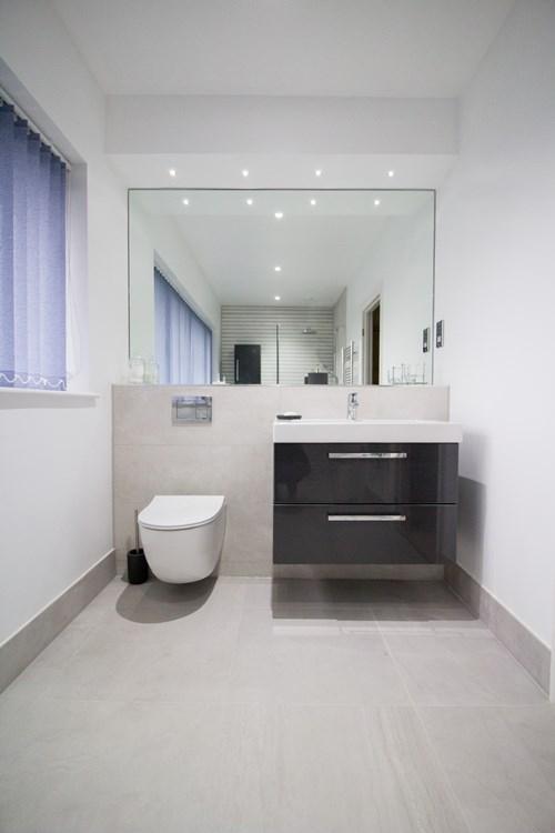 Wetroom sink
